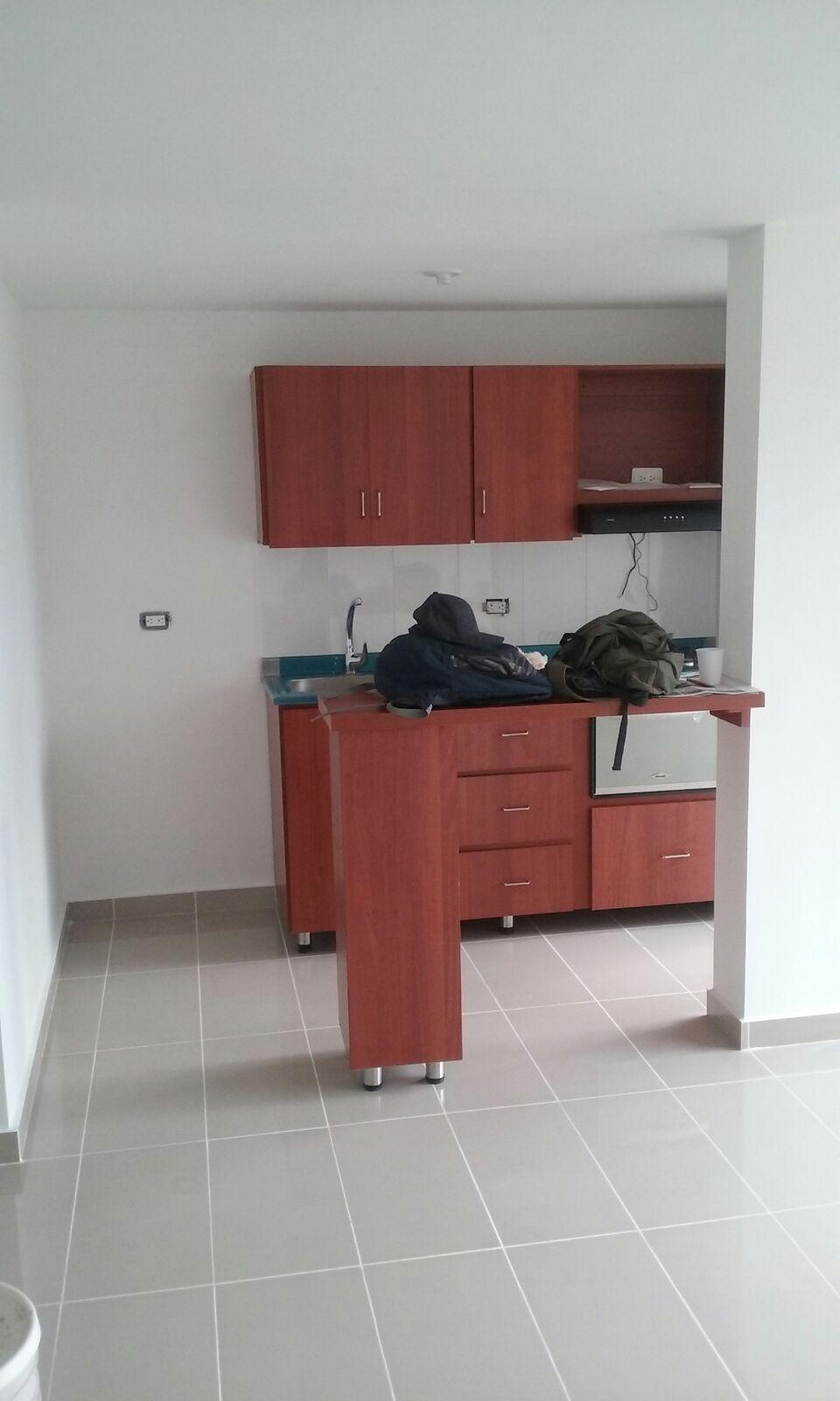 Obra blanca en apartamento vegas plaza sabaneta obra - Muebles de cocina vegasa ...